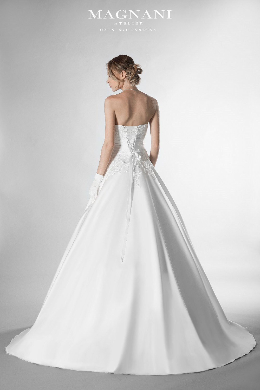 a4586937a765 C 425 Magnani Atelier Abiti da sposa