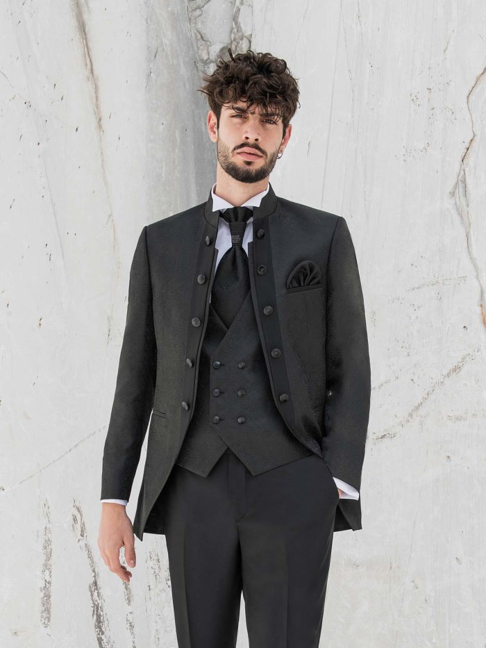Groom dresses - 20M17