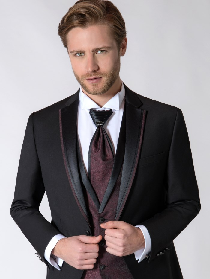 Groom dresses - M8