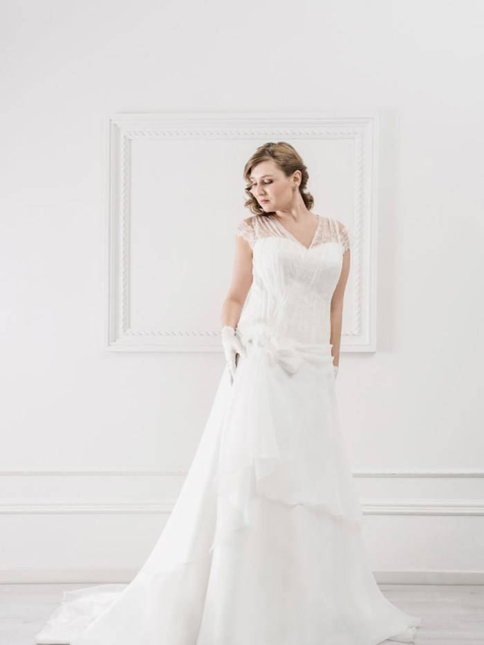 Curvy Wedding Dresses - LX25