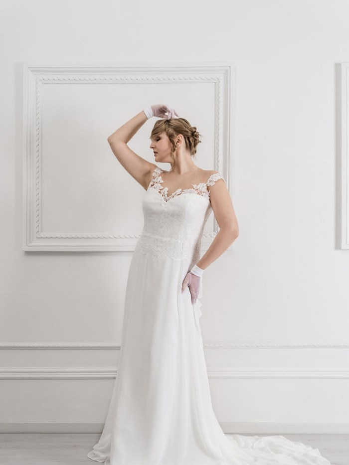Curvy Wedding Dresses - LX28