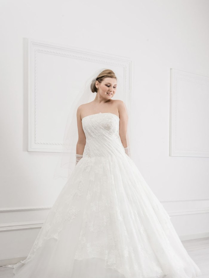 Curvy Wedding Dresses - LX35